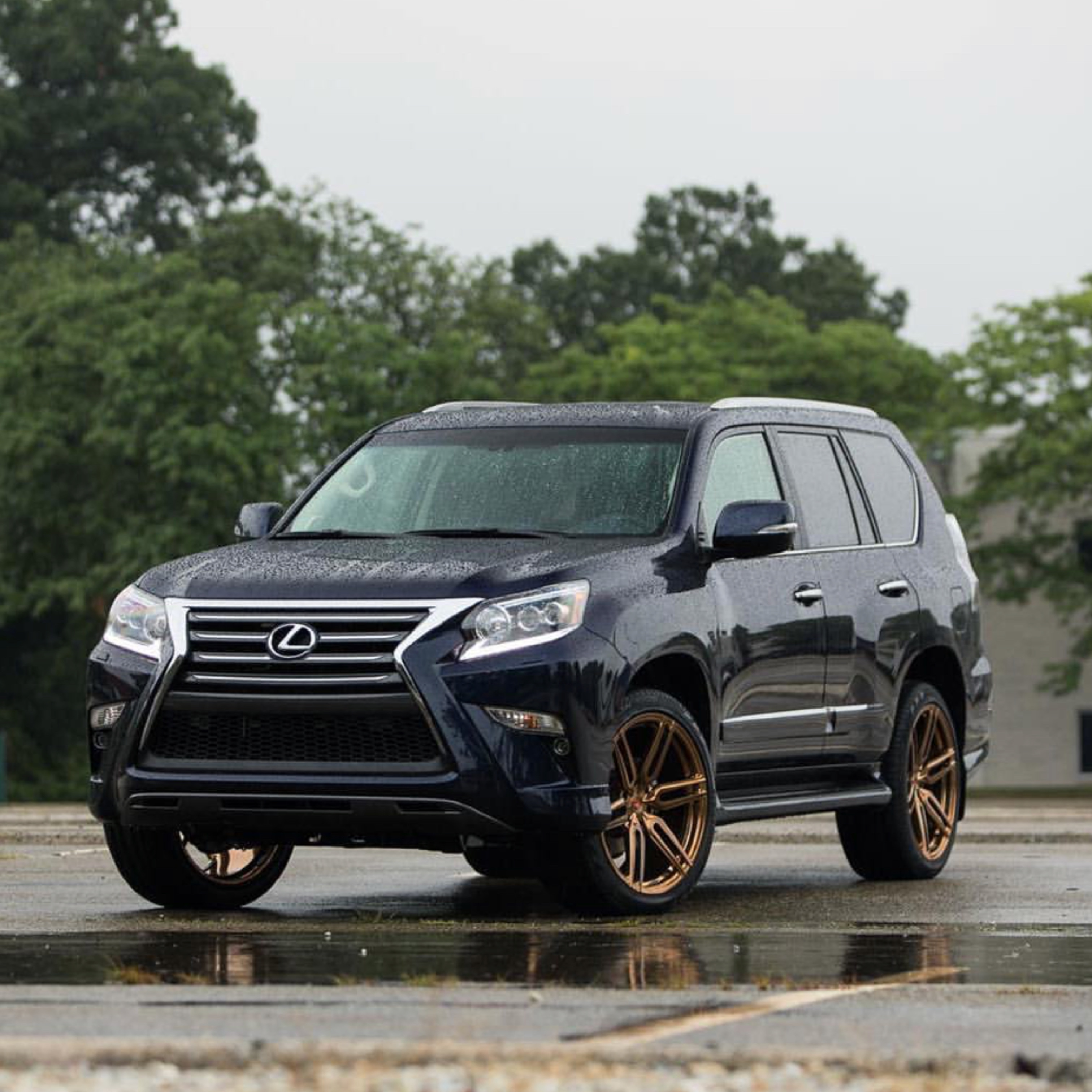 The Work-To-Weekend Luxury SUV - 360 MAGAZINE