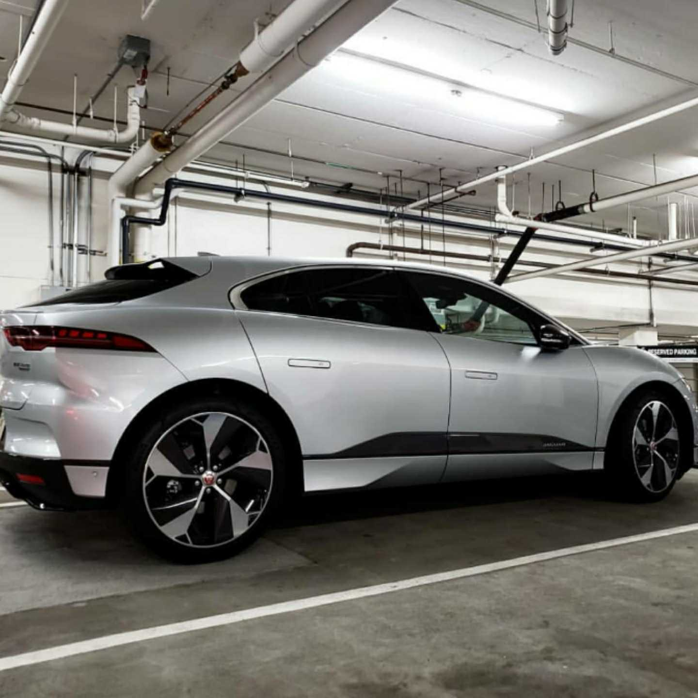 All electric, electric cars, electric vehicles, evs, Vaughn Lowery, 360 MAGAZINE, jaguar, suv, i-pace
