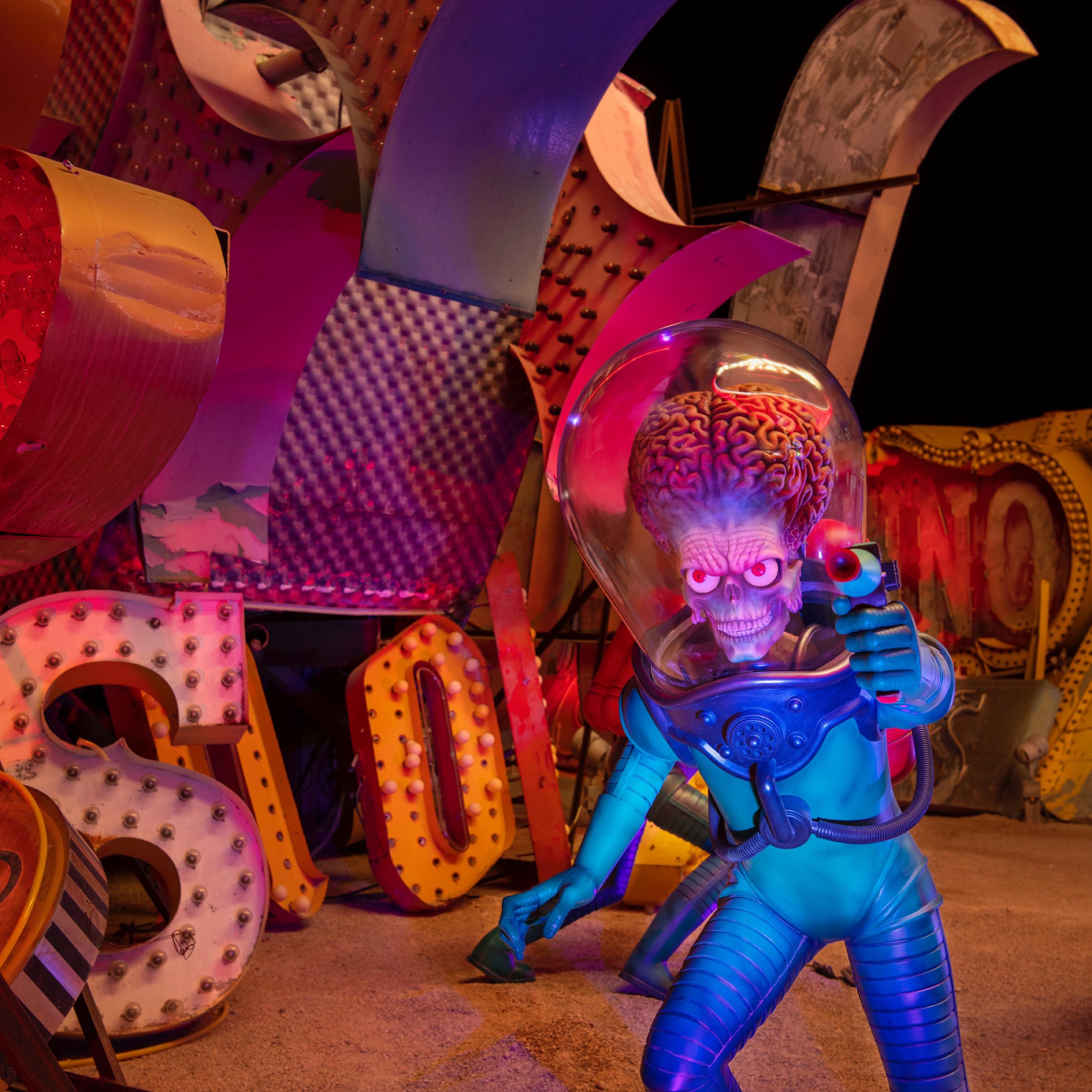 The Neon Museum, Las Vegas, Tim Burton, Virtual Tour, Vaughn Lowery, 360 Magazine,