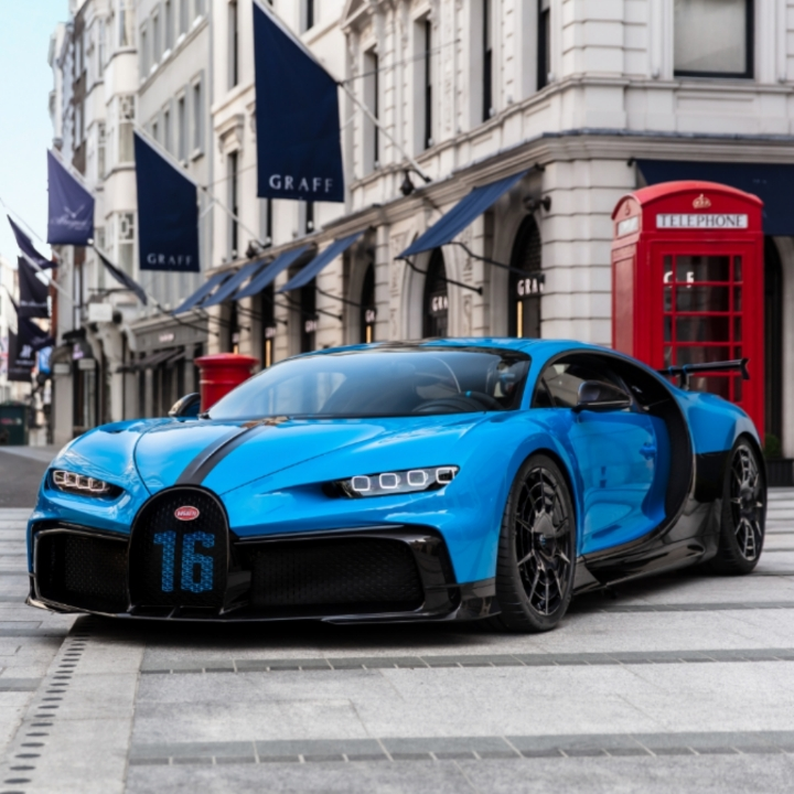 360 Magazine,auto,Bugatti,cars,Chiron,consumer,Eamonn Burke,H.R Owen,London,luxury,Pur sport,sports car,UK,Vaughn Lowery,