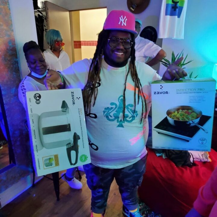 Zavor Cookwear prize at the 360 Magzine The Bodega raffle. Photo credit: Vaughn Lowery for use by 360 Magazine