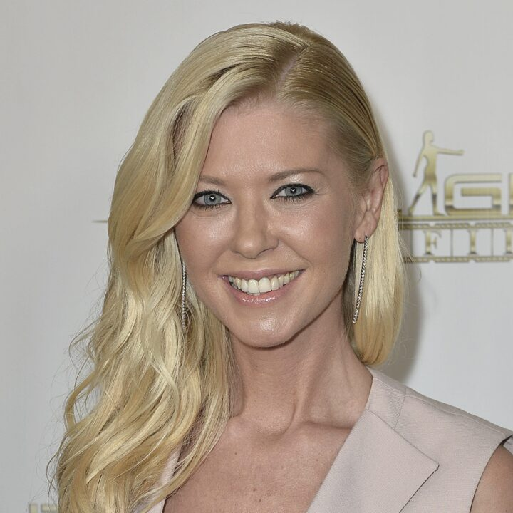 Tara Reid Image provided by Jennifer Gulley and Full Scale Media for use by 360 MAGAZINE.