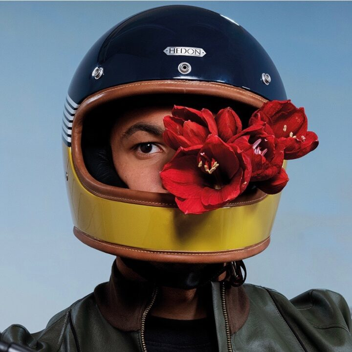 HEROINE CLASSIC SPORTSMAN_BREAKNECKS CLAN helmet image by Gareth Roberts (Machine Media) for use by 360 Magazine