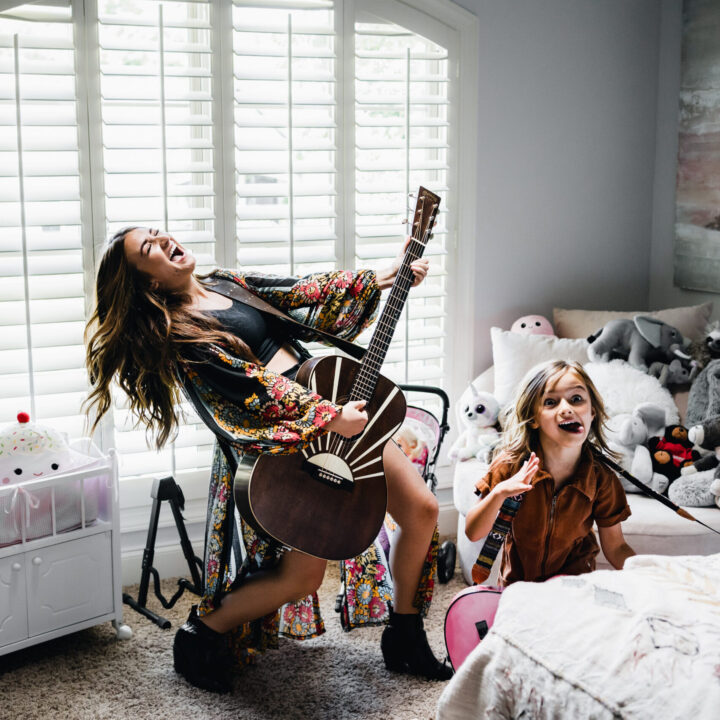 TENILLE TOWNES Video Shoot BTS Photo_Credit-Lathrop Schmidt from Meghan Kehoe, RCA Records foruse by 360 Magazine
