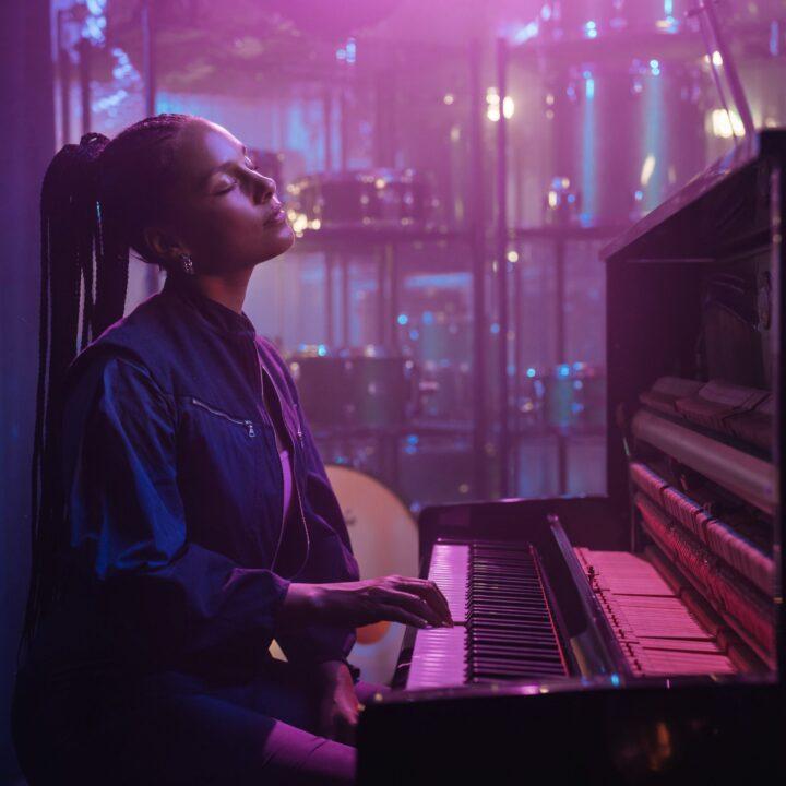 Alicia Keys Youtube original for use by 360 magazine