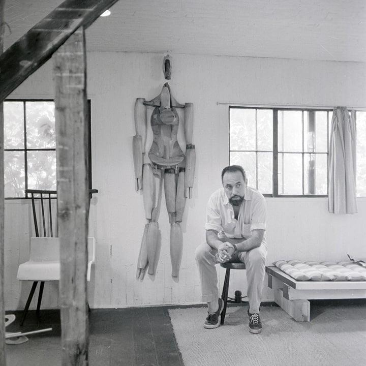 Conrad Marca-Relli nel suo studio a Long Island for use by 360 Magazine
