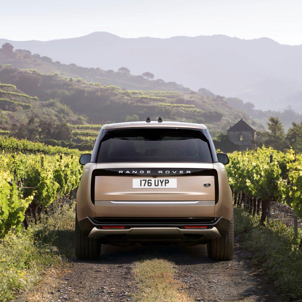 Range Rover Exterior Back via Havas Formula for use by 360 Magazine